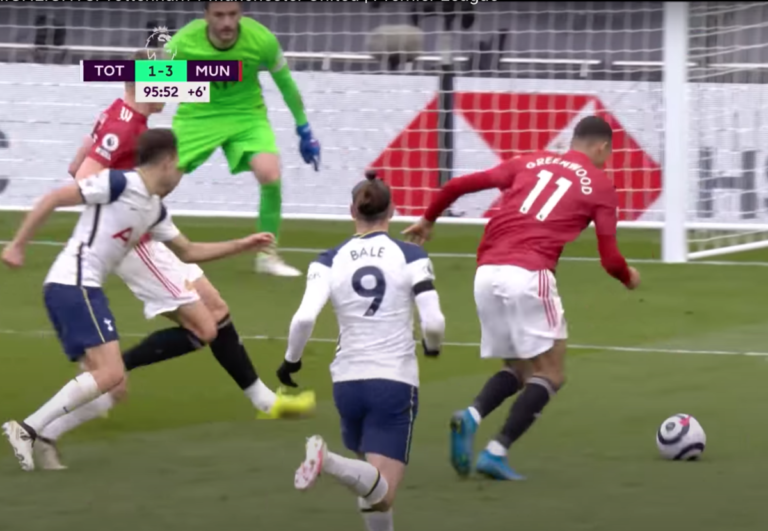 Football   Cavani stars at both ends as Manchester United defeat Spurs in London